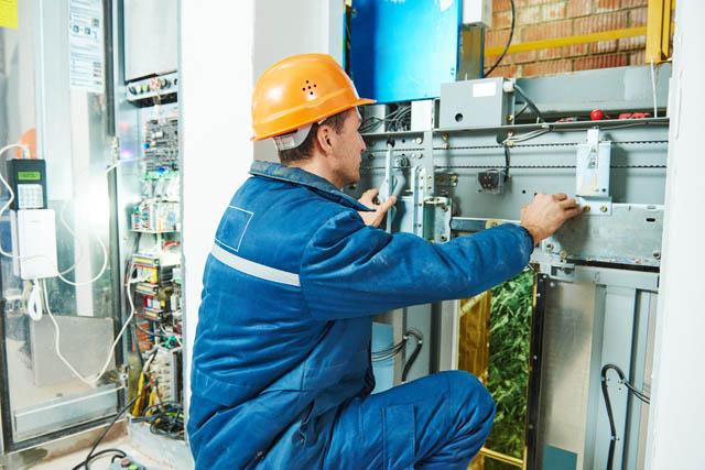 Jeune installateur-électricien fraichement diplômé H/F